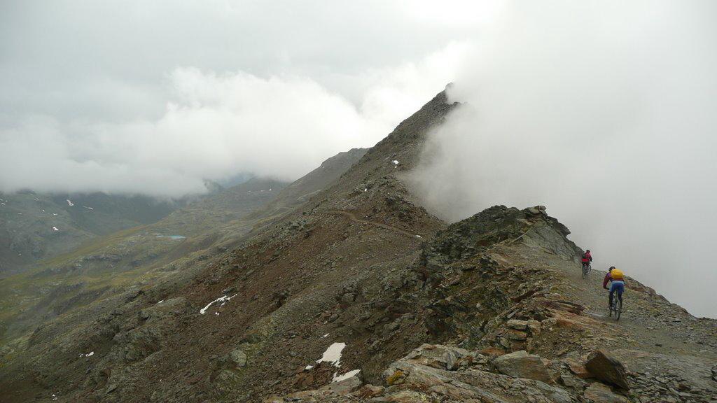 mtb-cima-bianca-3018m